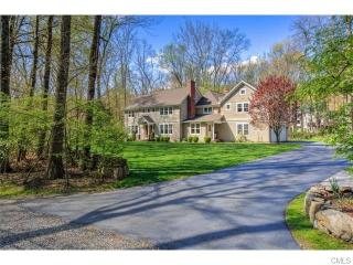 81 Stonebridge Road, Wilton CT