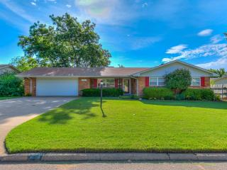 410 North Arizona Street, Weatherford OK