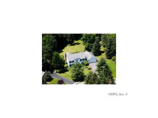 6 Ramble Wood Dr, Skaneateles, NY 13152