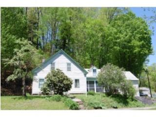 5 Old Chesterfield Road, Hinsdale NH