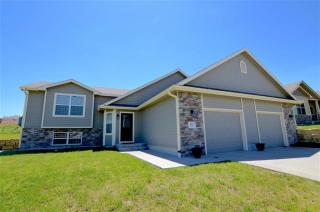 3817 Moosewood Circle, Manhattan KS
