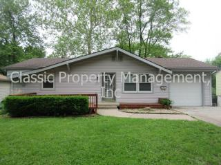 6303 N Bellefontaine Ave, Gladstone, MO 64119