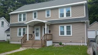 27 Johnson Hts, Waterville, ME 04901