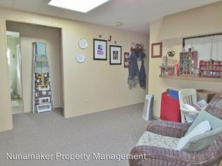 755 Country Club Rd, Hood River, OR 97031