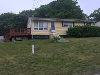 Address Not Disclosed, Pawcatuck, CT 06379