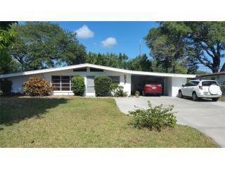 4648 Falcon Ridge Drive, Sarasota FL