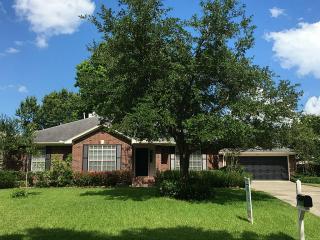 7256 Edgewater Drive, Willis TX