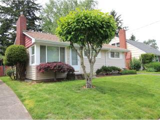 835 Northeast 81st Avenue, Portland OR