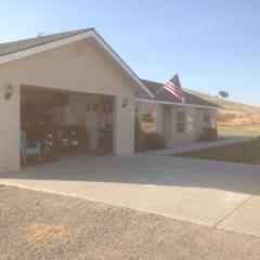 2750 Lazy Hill Rd, San Miguel, CA 93451