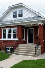 6121 West Dakin Street, Chicago IL