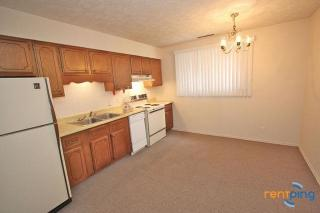 1725 N Iowa Ave #4, York, NE 68467