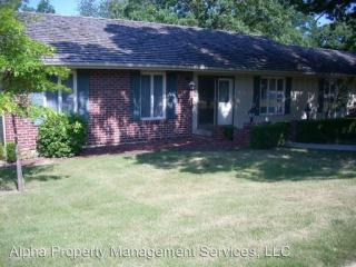 816 Laurel Dr, Warrensburg, MO 64093