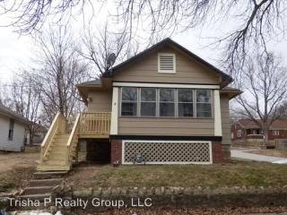 1011 N Broadway St, Leavenworth, KS 66048