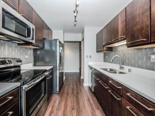 420 E Ohio St, Chicago, IL 60611