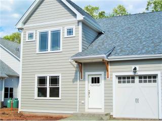103 Pierpont Hill, North Haven CT