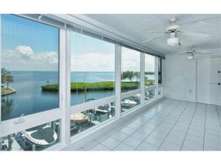 4960 Gulf Of Mexico Drive #303, Longboat Key FL