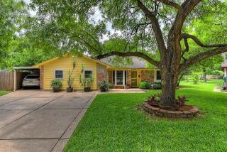 5303 Leggett Lane, Pearland TX