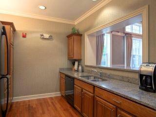 1 Avalon Dr, Milford, CT 06460