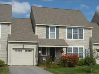 20 Abbey Rd, Brentwood, NH 03833