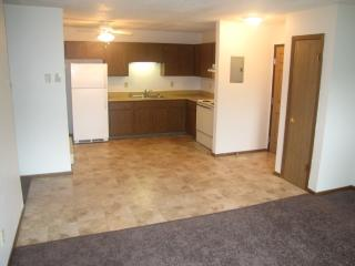 103 N Club St, Chamberlain, SD 57325