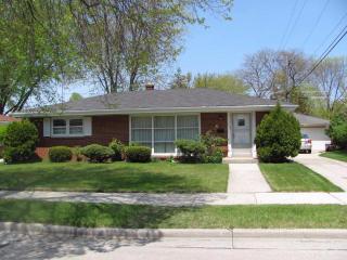 1122 Shorecrest Drive, Racine WI