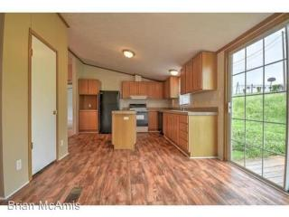 353 Hyatt Ln, Whitesburg, TN 37891