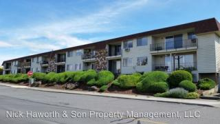 1622 E 9th St #3, The Dalles, OR 97058