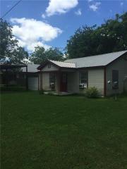 302 West Travis Street, Gordon TX