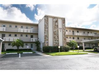 4200 Ironwood Circle #103B, Bradenton FL