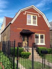 1049 North Keystone Avenue, Chicago IL