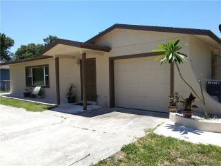 5982 50th Avenue N, Kenneth City FL