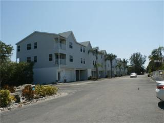 3607 East Bay Drive #107, Holmes Beach FL