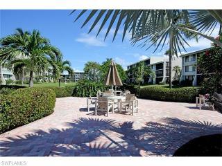 979 East Gulf Drive #103, Sanibel FL