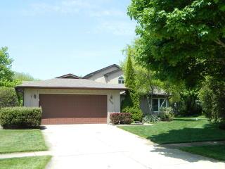 4450 Shorewood Drive North, Hoffman Estates IL