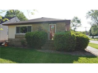 6885 Commonwealth Boulevard, Parma Heights OH