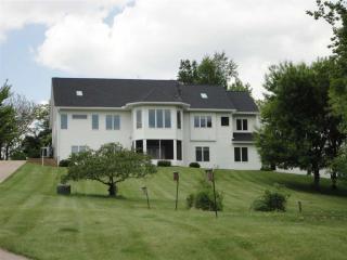 24000 Great River Road, Le Claire IA