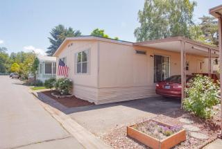 3555 South Pacific Highway, Medford OR