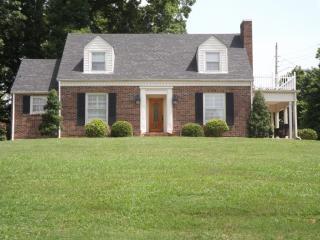 720 E College Street, Pulaski TN
