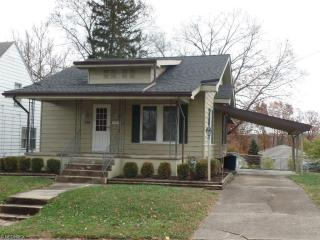 2428 Oakwood Ave, Zanesville, OH 43701
