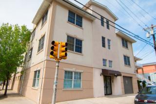 301 61st Street #1E, West New York NJ