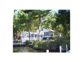28 Governor Wentworth Hwy, Wolfeboro, NH 03894