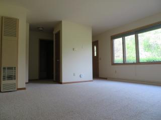 2350 Chalet Gardens Rd #B, Fitchburg, WI 53711