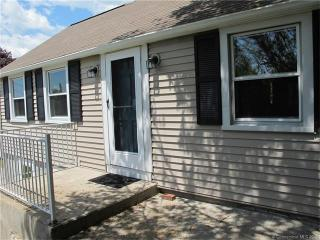 158 Brook St, Groton, CT 06340