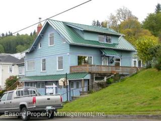 1523 Jerome Ave, Astoria, OR 97103