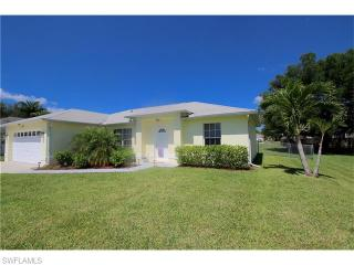2712 Southwest 11th Place, Cape Coral FL