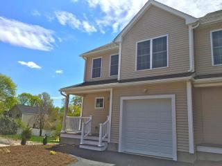 58 Reed Avenue #2B, North Attleboro MA