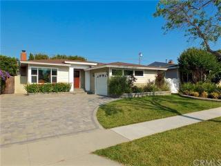 2944 Ladoga Avenue, Long Beach CA
