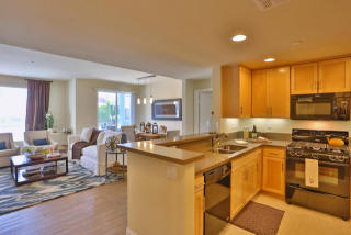 12629 Riverside Dr, Sherman Village, CA 91607