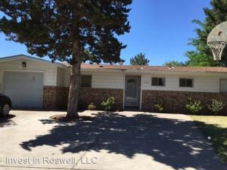 3308 Trailing Heart Rd, Roswell, NM 88201
