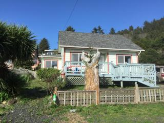 241 East 2nd Street, Yachats OR